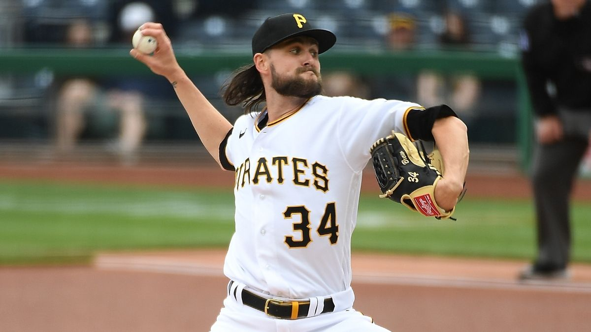 Fantasy Baseball Starting Pitchers Report (Week 3): Waiver Wire Pickups, Streamers, Injury Updates & More article feature image