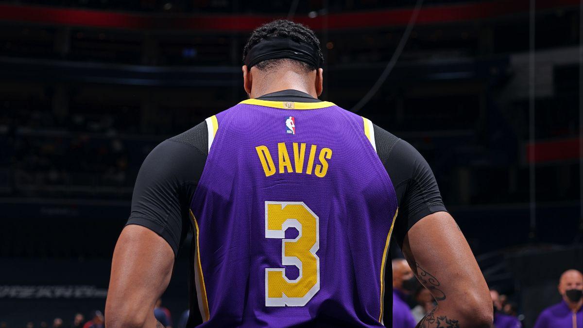 Kings vs. Lakers NBA Odds & Picks: Fade Sacramento's Defense Against Los Angeles (April 30) article feature image