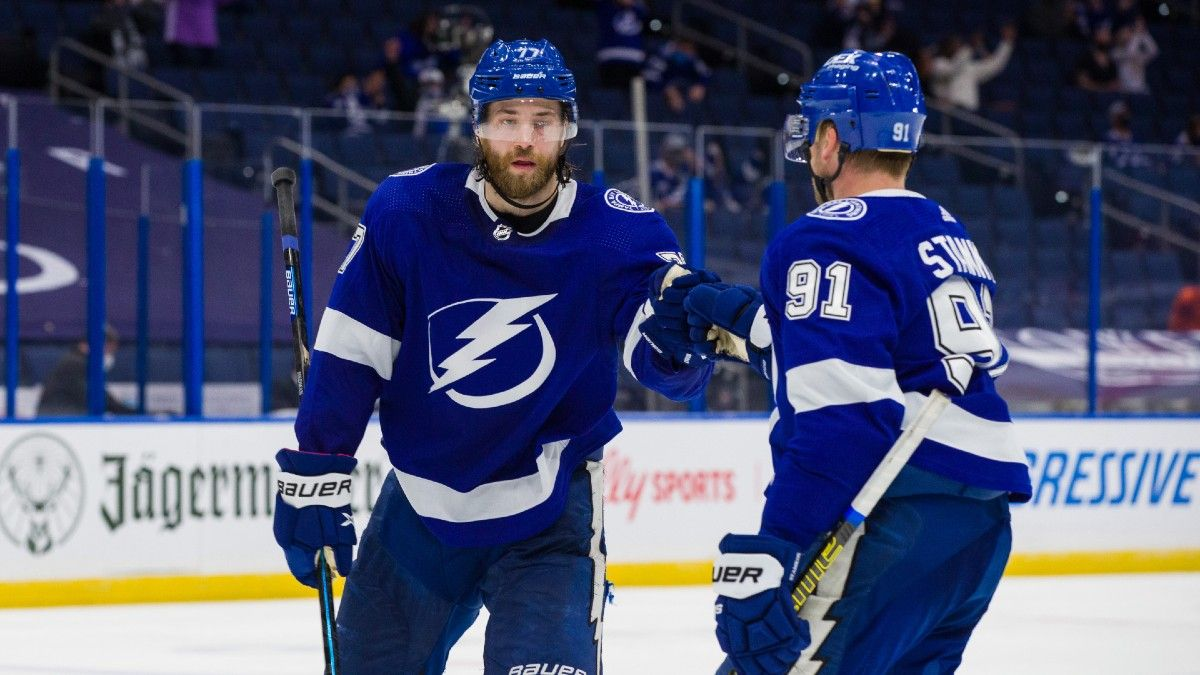 NHL Odds & Picks For Lightning vs. Blue Jackets: Bet Tampa to Pick Up a Win Tuesday article feature image