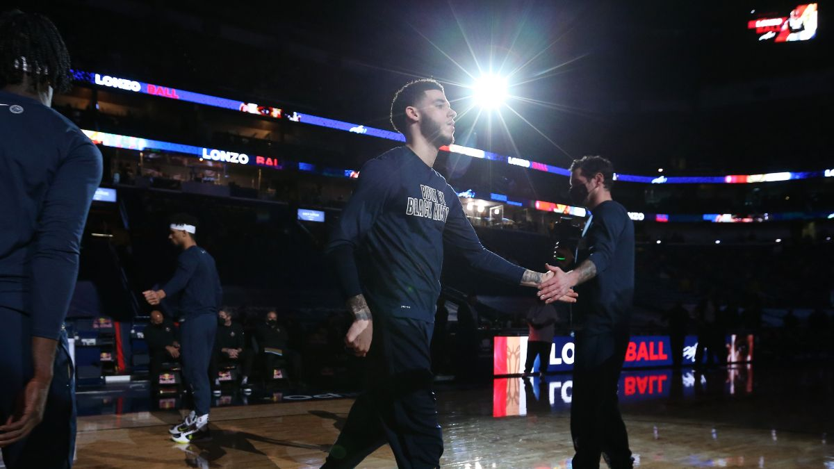 NBA Injury News & Starting Lineups (April 4): Zion Williamson Ruled Out, Lonzo Ball Active Sunday article feature image