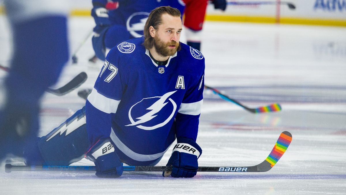 Hurricanes vs. Lightning NHL Odds & Pick: Target the Total in Central Division Clash (Monday, April 19) article feature image