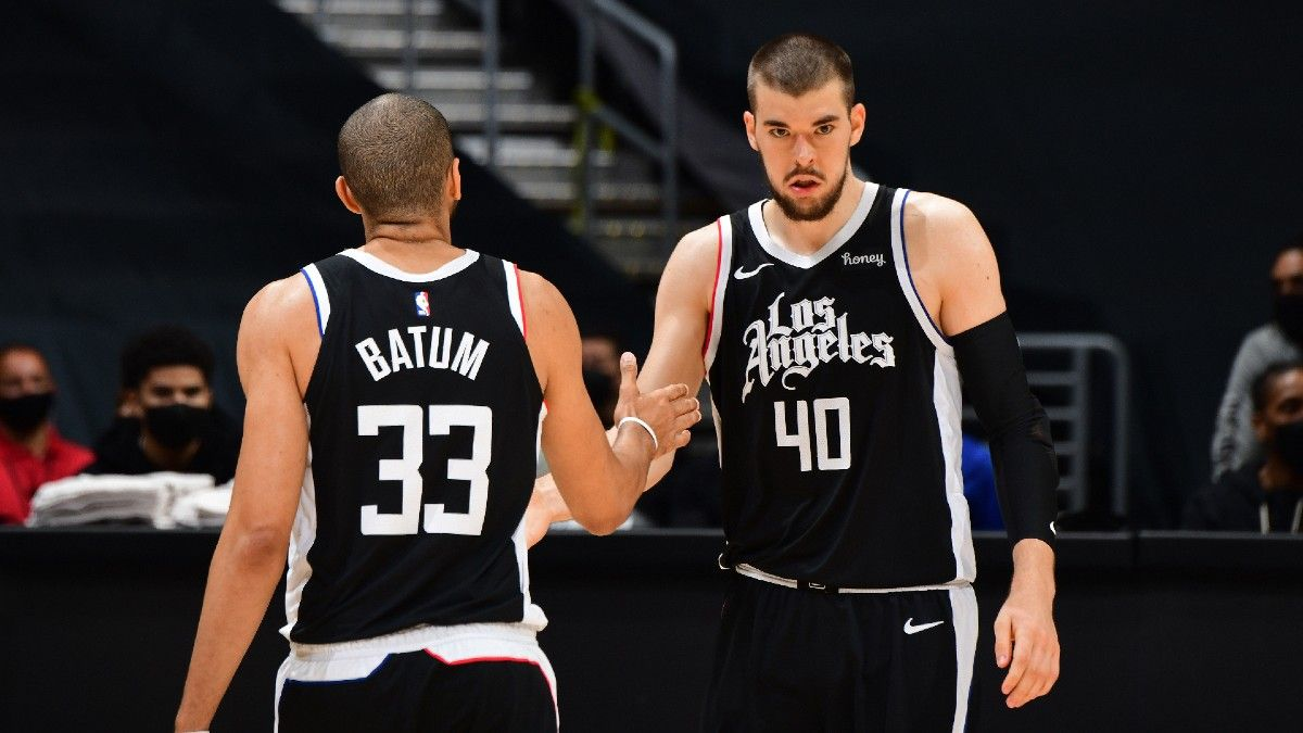 NBA Odds & Pick for Grizzlies vs. Clippers: Side With LA's Depth at Staples Center article feature image