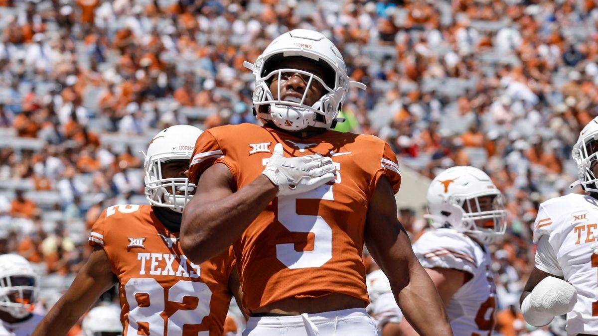2021 Devy Fantasy Football Rankings: The Top 120 College Prospects article feature image