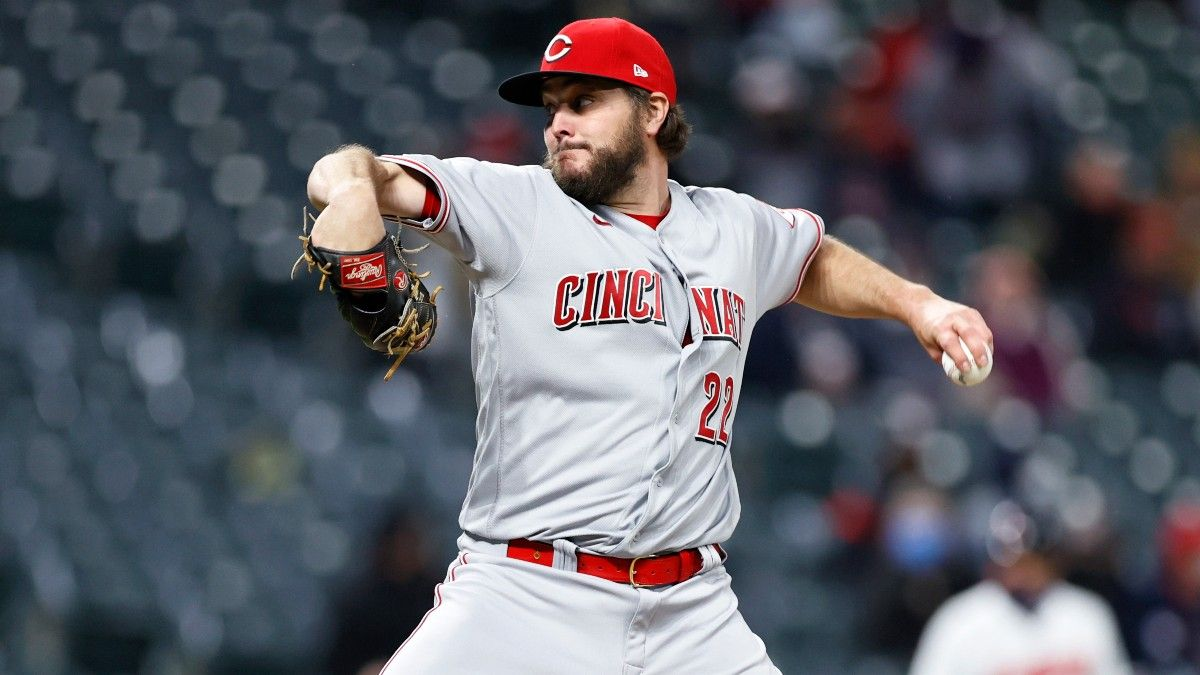 Fantasy Baseball Starting Pitchers Report (Week 6): Waiver Wire Pickups, Streamers, Injury Updates & More article feature image
