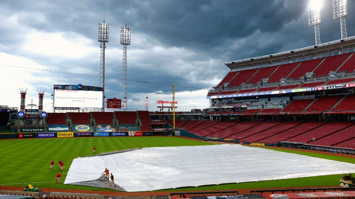MLB Weather Report for Tuesday, May 4: Rain Threatens White Sox-Reds, Braves-Nationals, Mets-Cardinals, Plus Forecasts for Every Game article feature image