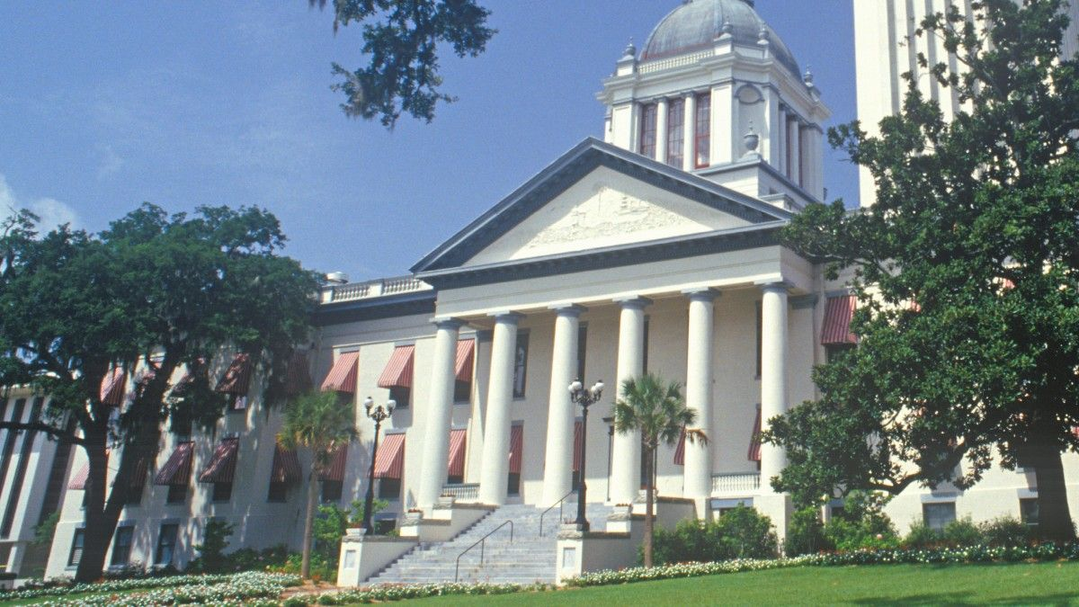 Florida Legislature Begins Amended Compact, Sports Betting Approval (May 17) article feature image