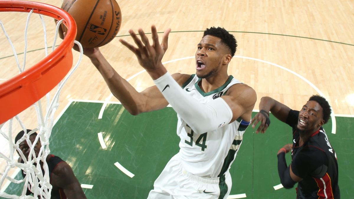 Bucks vs. Nets Odds, Promo: Bet $20, Win $200 if Giannis Scores a Point! article feature image