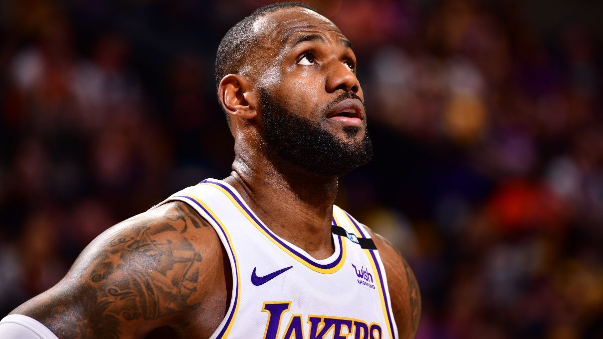 NBA Playoffs Series Odds & Schedule: Lakers Still Favorites After Game 1 Loss vs. Suns article feature image