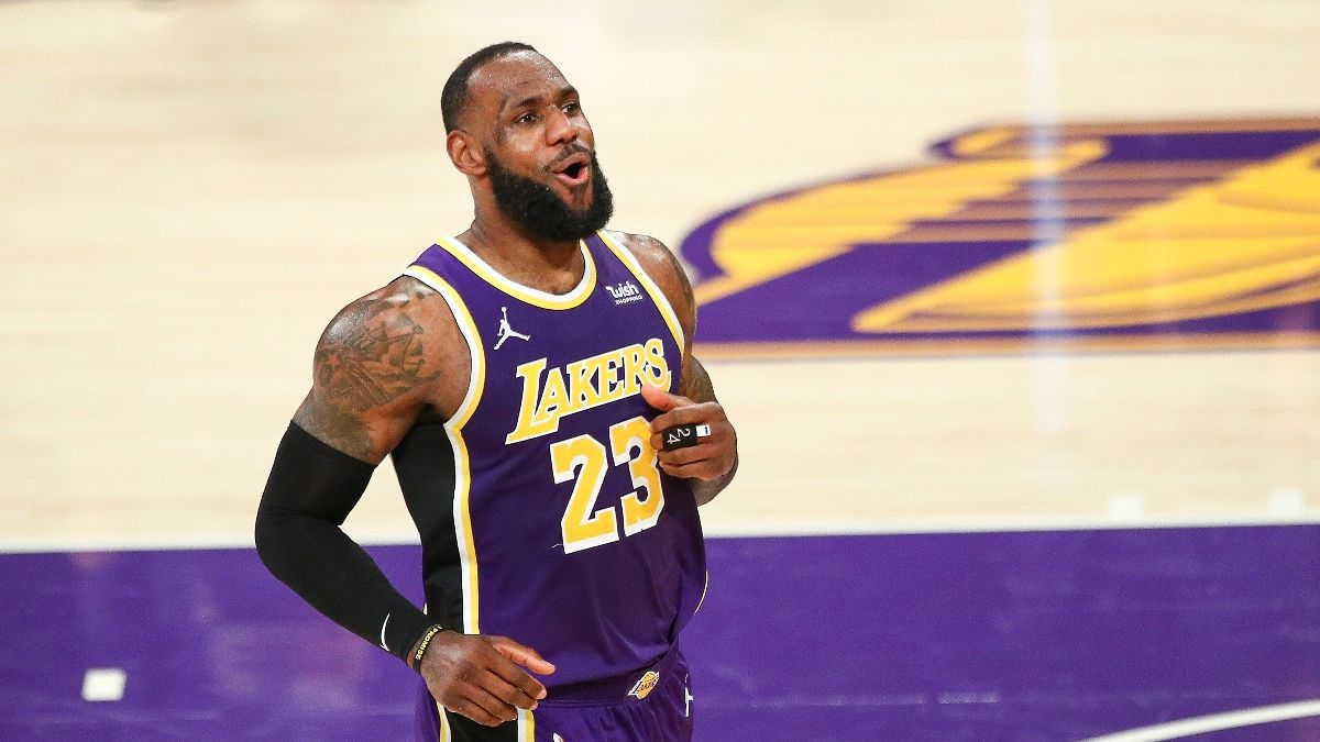 Lakers vs. Rockets Odds, Promos: Bet $20, Win $150 if LeBron James Scores! article feature image