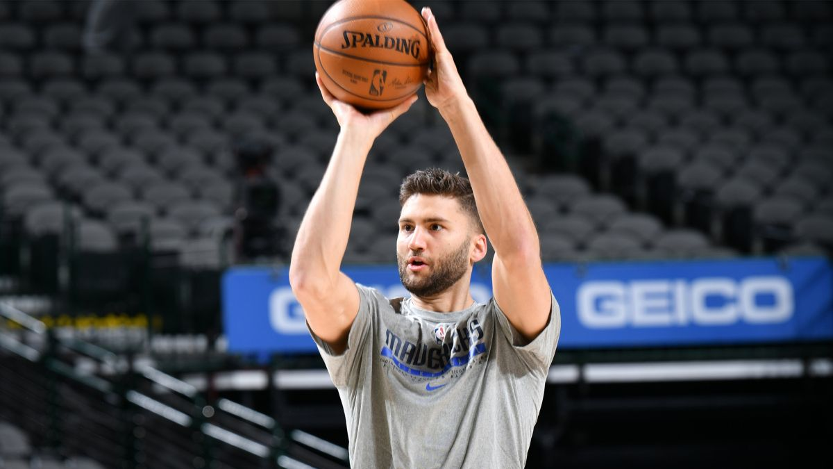NBA Injury News & Starting Lineups (May 25): Maxi Kleber Questionable, Chris Paul Expected to Play Tuesday article feature image