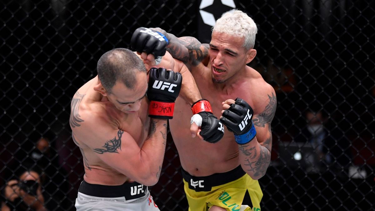 UFC 262 Odds, Promo: Bet $20, Win $150 on a Oliveira or Chandler Punch! article feature image