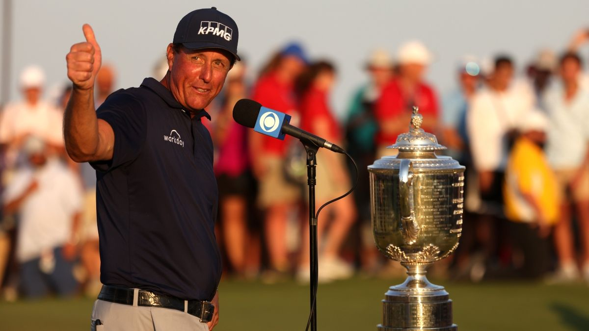 Phil Mickelson's Longshot PGA Championship Win Pays Off For Bettors article feature image