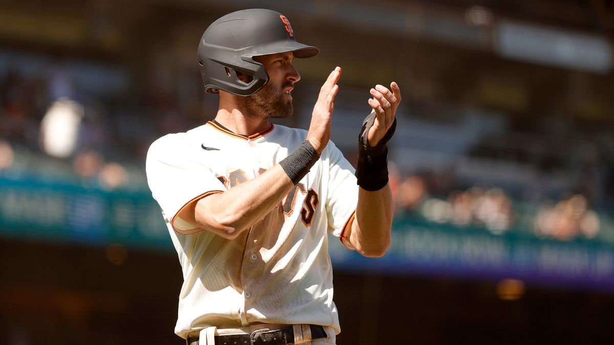 Tuesday MLB Odds, Picks & Predictions: Sharps, Experts Aligned on Rangers vs. Giants (May 11) article feature image