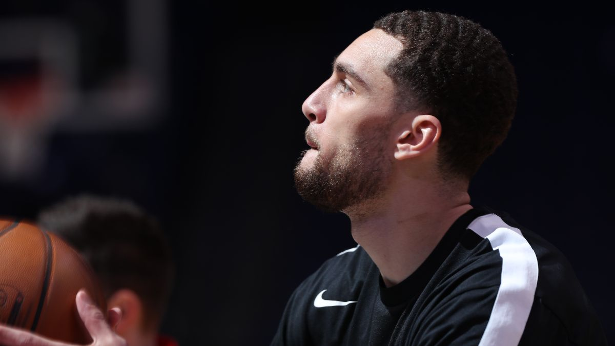 NBA Injury News & Starting Lineups (May 6): Zach LaVine Probable, Malcolm Brogdon Questionable Thursday article feature image
