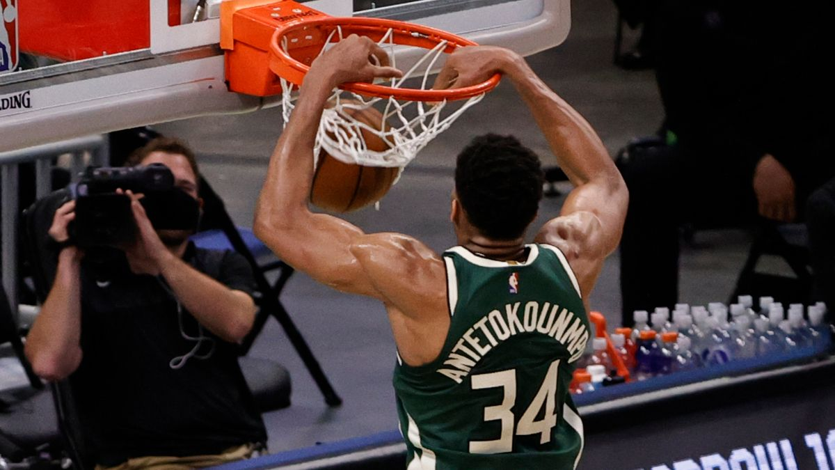 Hawks vs. Bucks Odds & Picks: PRO Systems Backing Giannis, Milwaukee in Game 1 of the Eastern Conference Finals article feature image