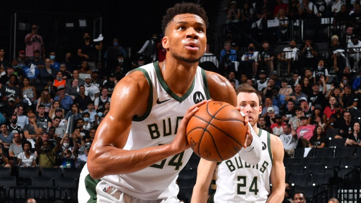 NBA Odds & Betting Predictions for Nets vs. Bucks: Where Sharps See Value in Game 3 on Thursday Night article feature image