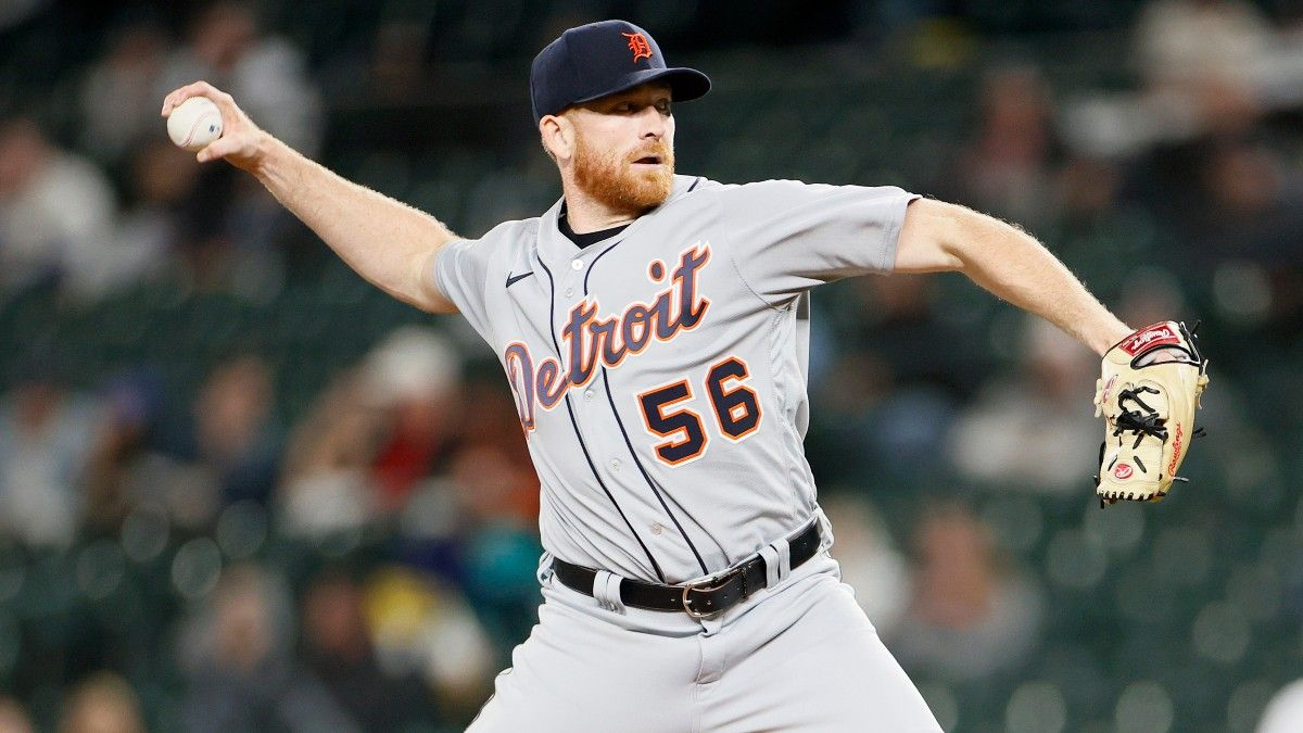Fantasy Baseball Starting Pitcher Report (Week 11): Waiver Wire Pickups, Streamers, Injury Updates & More article feature image