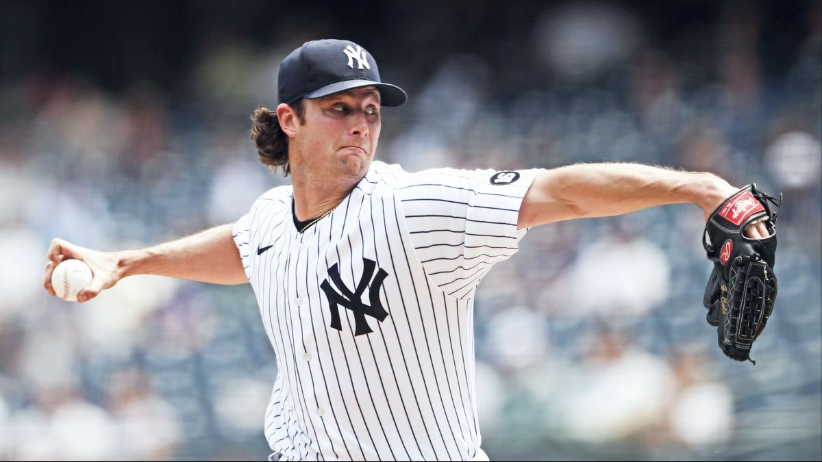 Royals vs. Yankees Odds & Pick: Betting Value on Tuesday's Over/Under (June 22) article feature image