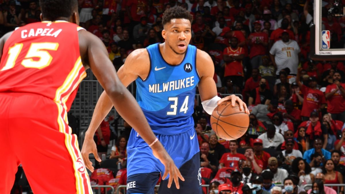 Bucks vs. Hawks Odds, Promo: Bet $20, Win $200 if Giannis Antetokounmpo Scores a Point article feature image