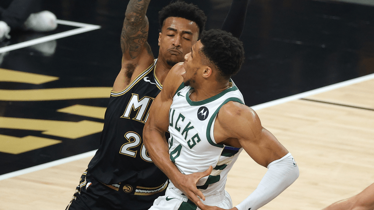 Giannis Antetokounmpo Leaves Game 4 With Knee Injury article feature image