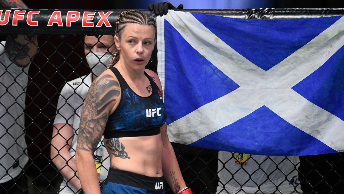Lauren Murphy vs. Joanne Calderwood UFC 263 Odds, Pick & Prediction: How to Bet Pricey Undercard Total (Saturday, June 12) article feature image