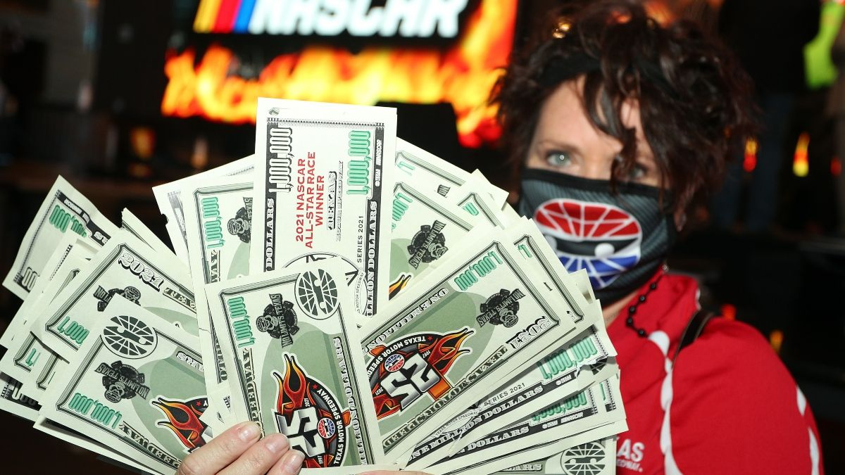 NASCAR All-Star Race Format, Rules: Allow Sports Betting to Spice Up Sunday Night's Race at Texas article feature image
