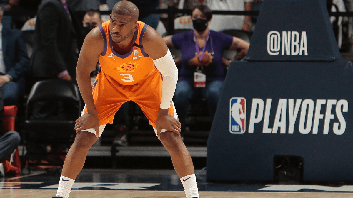 Clippers-Suns Game 3 Betting Line Flips Ahead of Chris Paul's Potential Return article feature image