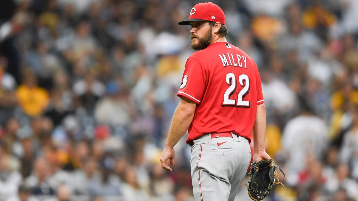 Tuesday MLB Odds, Preview, Prediction for Reds vs. Twins: Value on Game Total in Subpar Pitching Matchup (June 22) article feature image