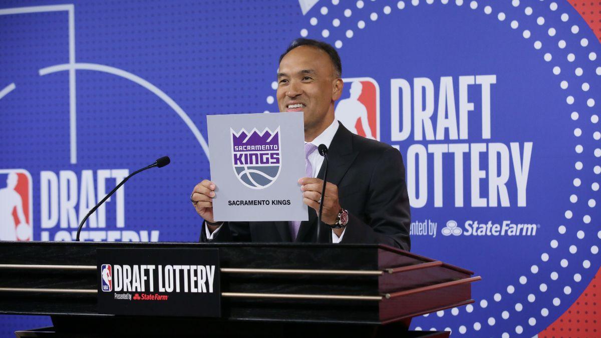 Sacramento Kings NBA Draft Odds: Kings Building Around Fox and Haliburton article feature image