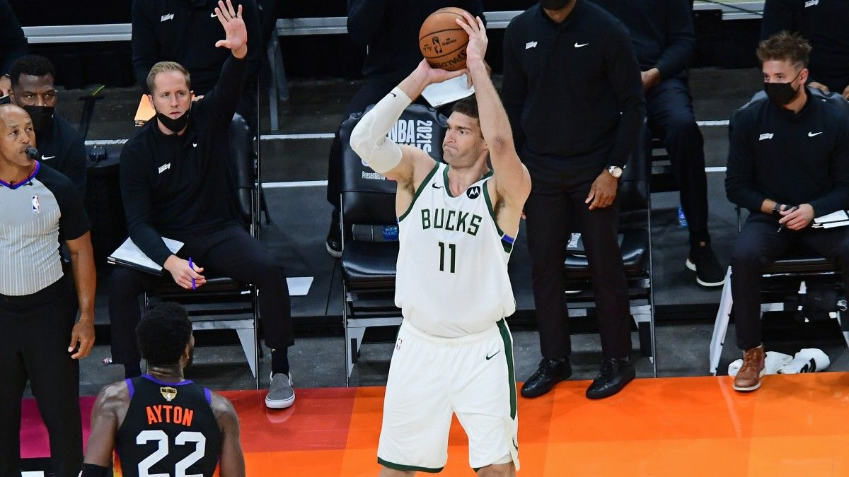 NBA Finals Game 2 Betting Parlay: How to Bet Jrue Holiday and Brook Lopez in Bucks vs. Suns (July 8) article feature image
