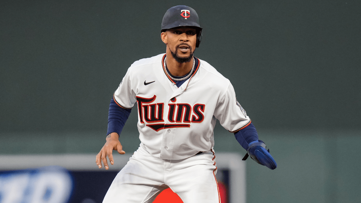 Byron Buxton Trade Odds: Yankees, Astros, Phillies Favorites To Nab Center Fielder article feature image