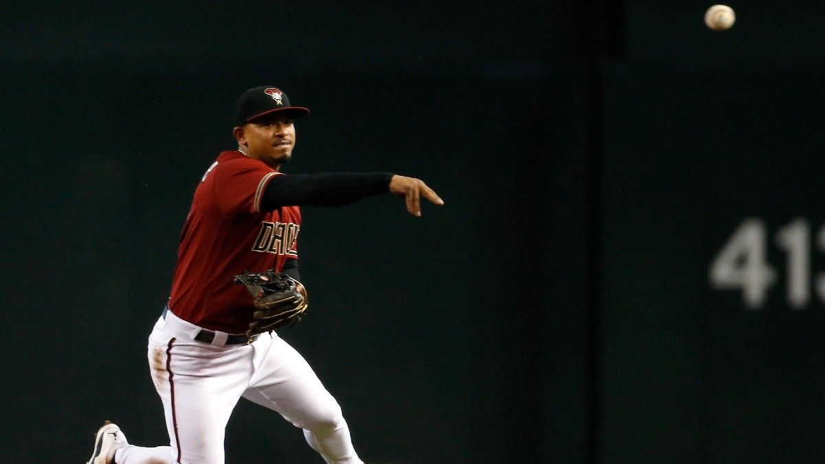 What Eduardo Escobar Trade Means for Milwaukee Brewers article feature image