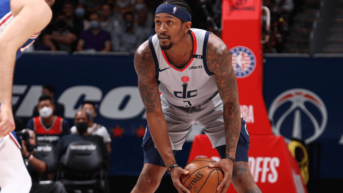 2022 NBA Scoring Leader Odds: Bradley Beal Favored Over Stephen Curry, Luka Dončić article feature image