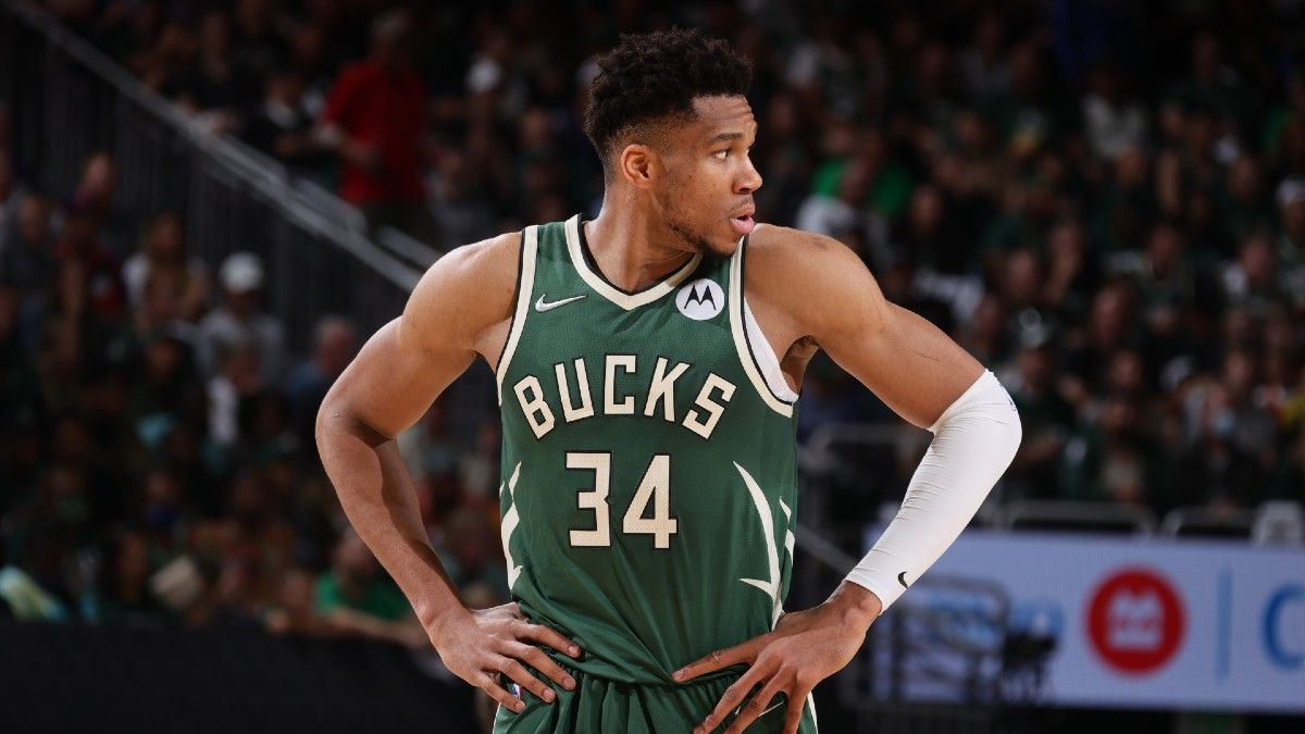 NBA Finals Parlay for Suns vs. Bucks Game 4: How to Bet Giannis Antetokounmpo & Bobby Portis (July 14) article feature image