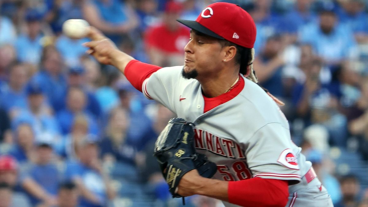 MLB Player Prop Bets & Picks: 3 Strikeout Totals, Including Luis Castillo (Sunday, July 11) article feature image