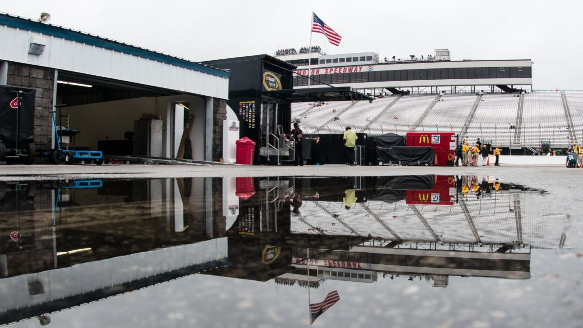 NASCAR at New Hampshire Rain Delay: When Will Sunday's Foxwoods Resort Casino 301 Restart? article feature image