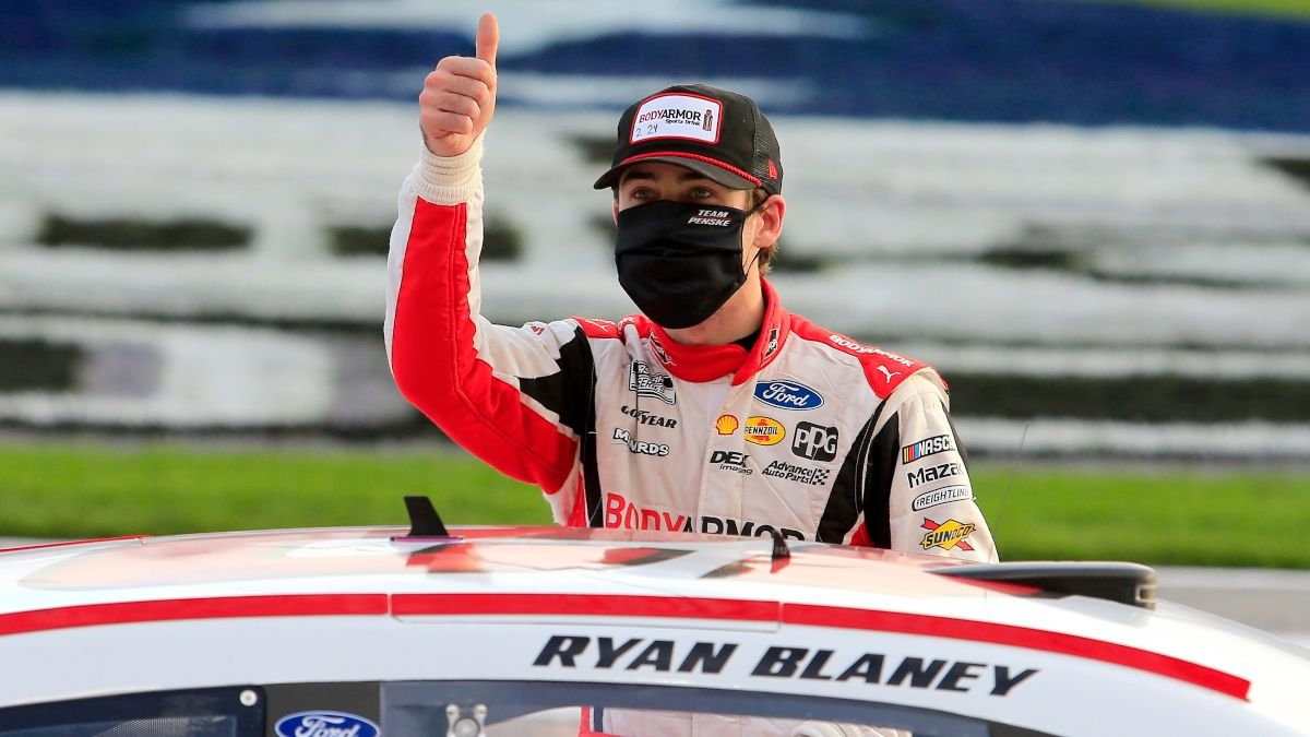 Updated NASCAR at Atlanta Odds, Lines: Predictions for Sunday's Quaker State 400 (July 11) article feature image