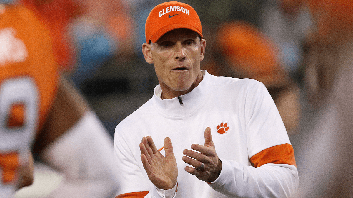 2021 College Football Week 1 Opening Totals: Georgia vs. Clemson Expected to be Low-Scoring article feature image