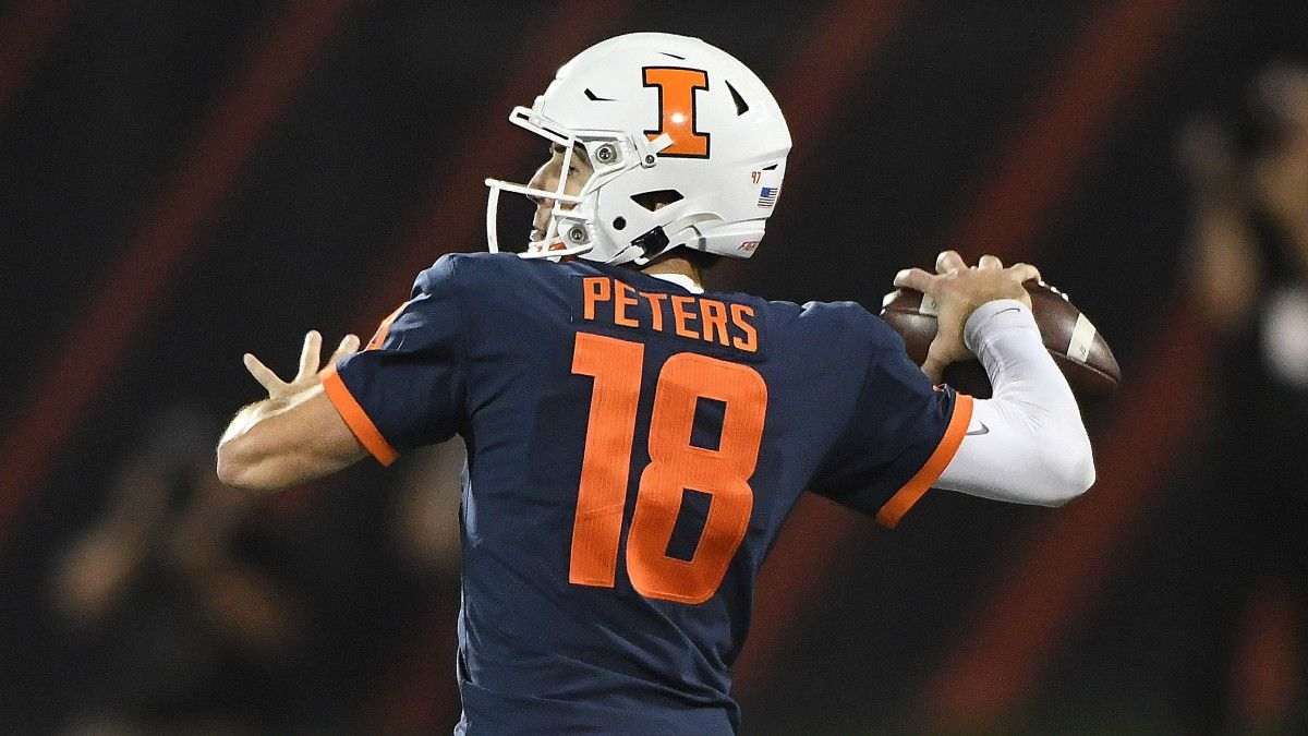 Week 0 Odds Movement: Early Money On Illinois and Fresno State, plus the UCLA-Hawaii total article feature image
