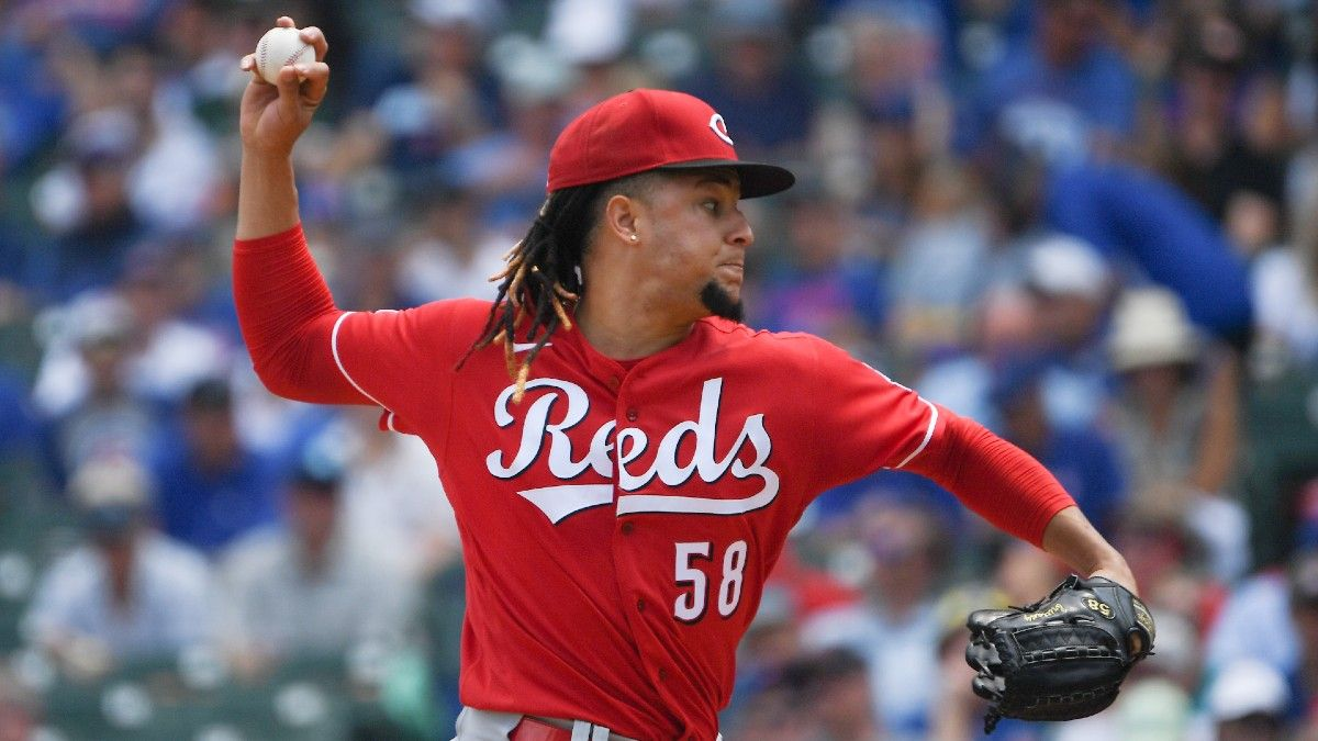Monday MLB Odds, Picks, Predictions: Reds vs. Indians Betting Preview (Aug. 9) article feature image