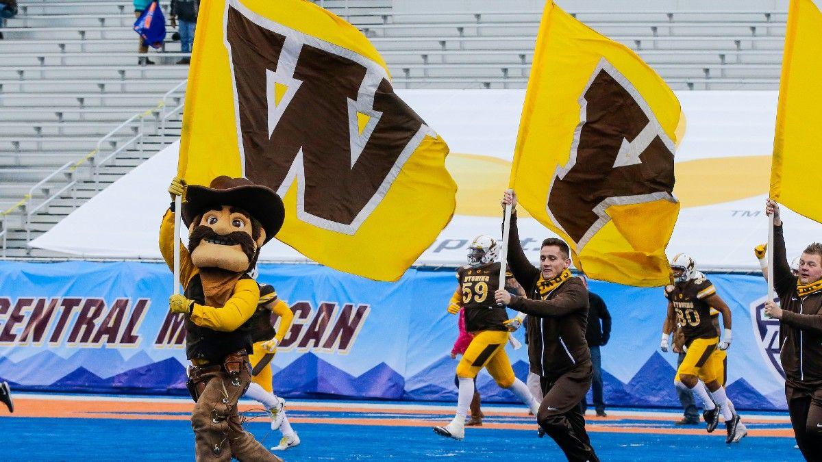 Wyoming vs. Ball State Odds, Promo: Bet $10, Win $200 if Either Team Scores a TD! article feature image