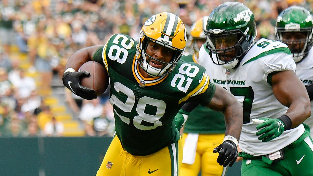 2021 Fantasy RB Sleepers: 14 High-Upside Running Backs To Draft & Stash, Including A.J. Dillon & James White article feature image