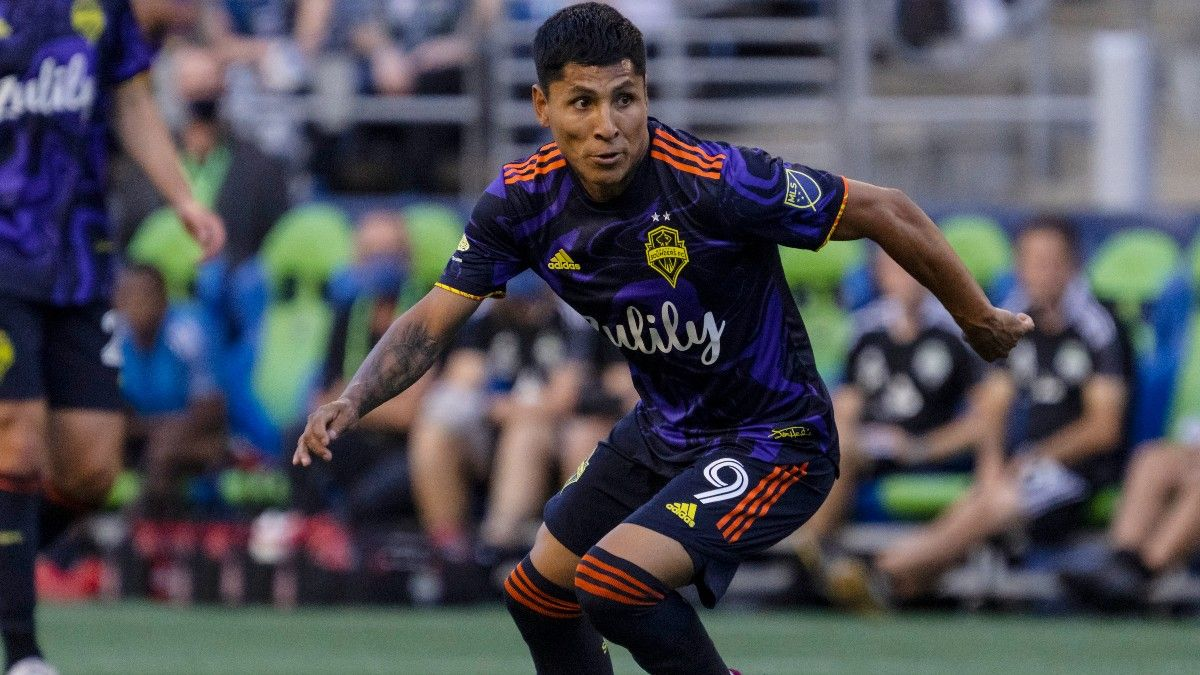 Portland vs. Seattle: Fade Offenses in Rivalry Matchup (August 15) article feature image