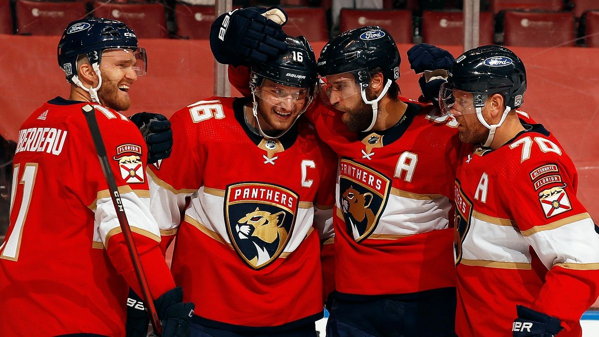 NHL 2021/22 Early Betting Outlook: Buy Now on Panthers, Avalanche article feature image