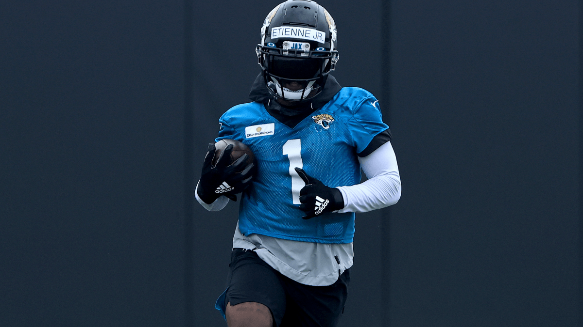 Travis Etienne Injury News: How Surgery Impacts James Robinson & Jaguars Running Backs article feature image