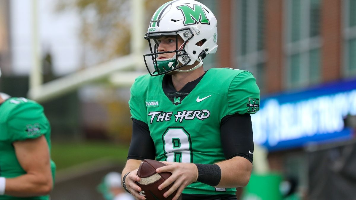 College Football Betting Odds & Picks for Marshall vs. Navy: Bet Thundering Herd to Cover Against Navy's Triple Option (Sept. 4) article feature image