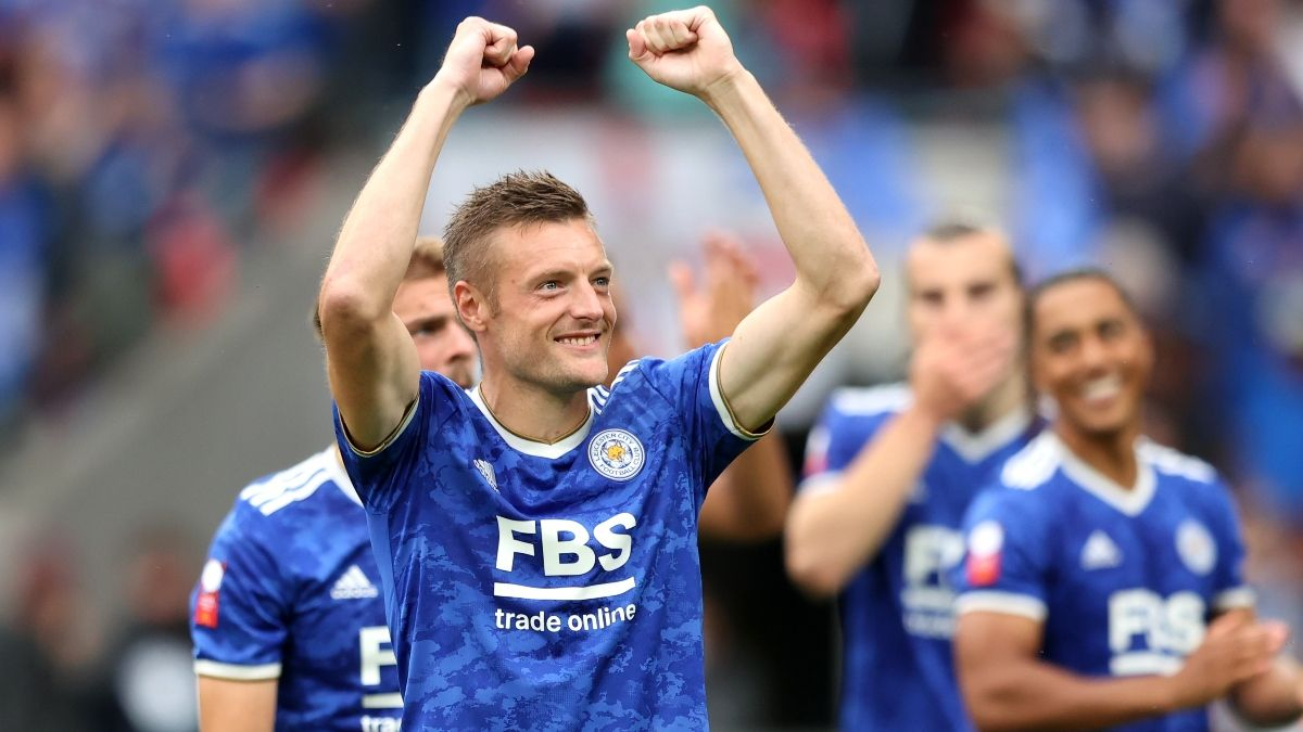 Leicester City vs. Wolves Odds, Pick, Betting Prediction: Expect Slugfest in Premier League Opener (Aug. 14) article feature image