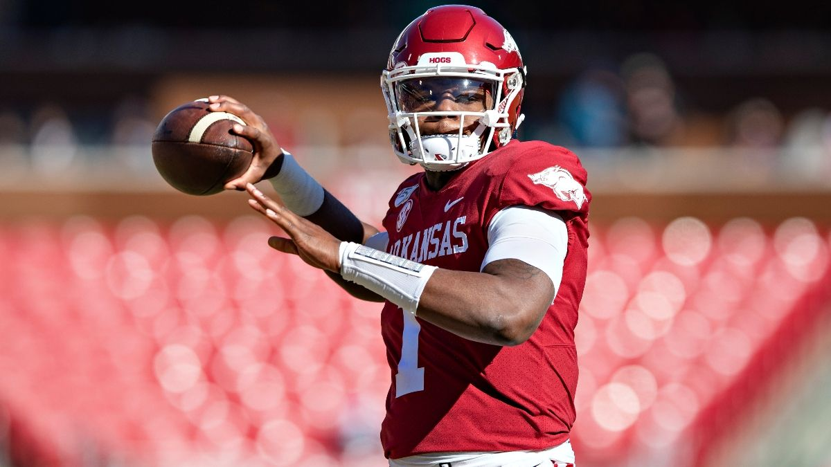 College Football Week 1 Odds, Pick for Arkansas vs. Rice: Look to Bet Saturday's Total article feature image