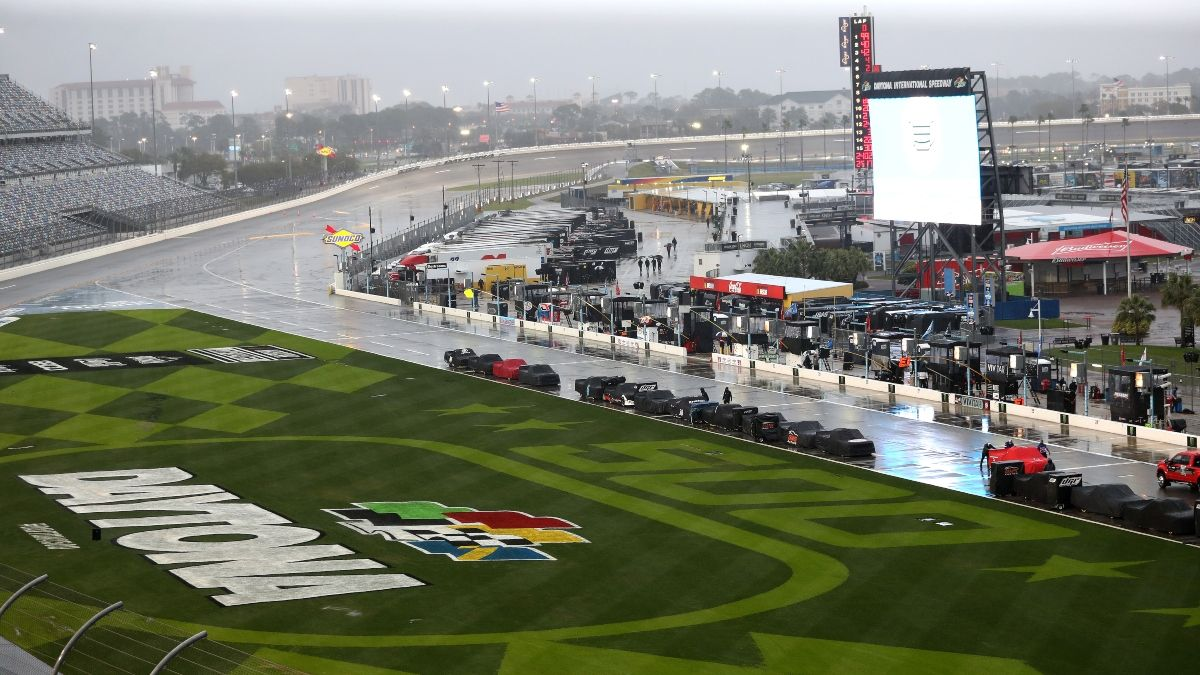 Latest NASCAR at Daytona Weather Forecast: Saturday Rain & Storms Possible in Daytona Beach article feature image