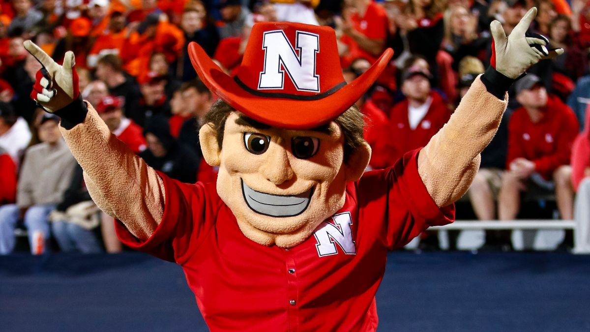 Nebraska vs. Illinois Odds, Promo: Bet $20 on Either Team, Win $200 if They Score a Point! article feature image
